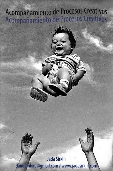 FLYER coach niño vuela